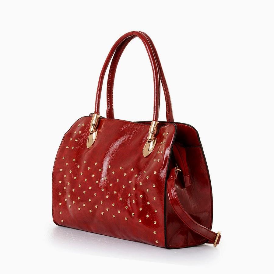 Dark red color shoulder bag.